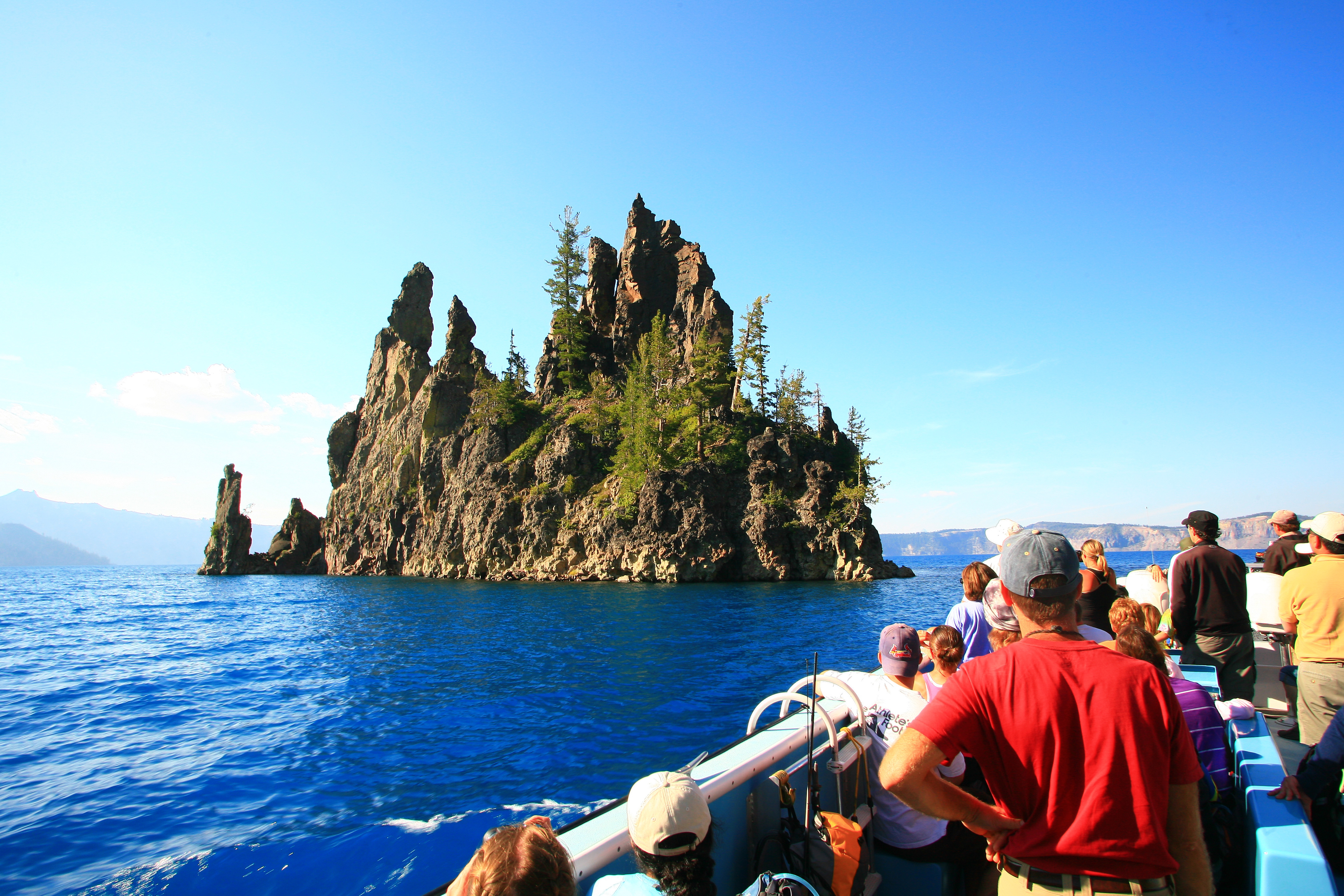Homeagain Crater Lake Oregon Lodging Restaurants Things to Do
